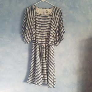 Old Navy   Blue and White Flared Dress